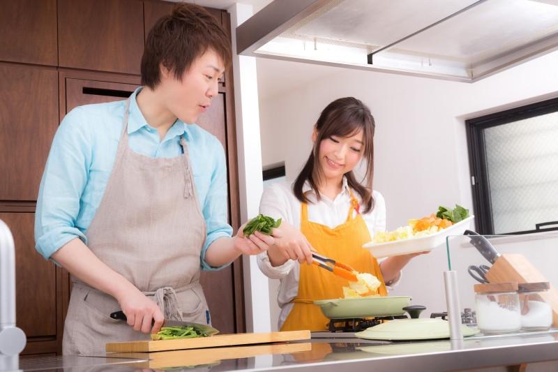 結婚まで同棲で料理ができる
