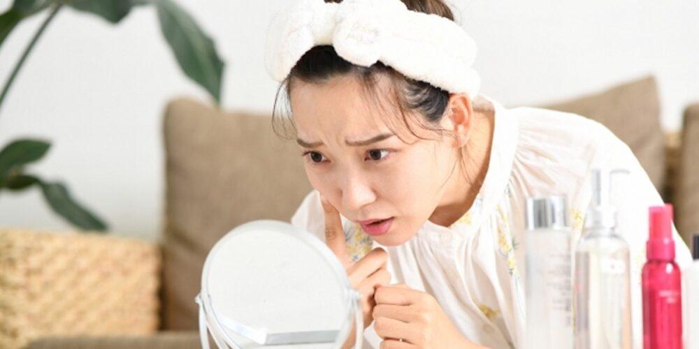 乾燥肌敏感肌の女性